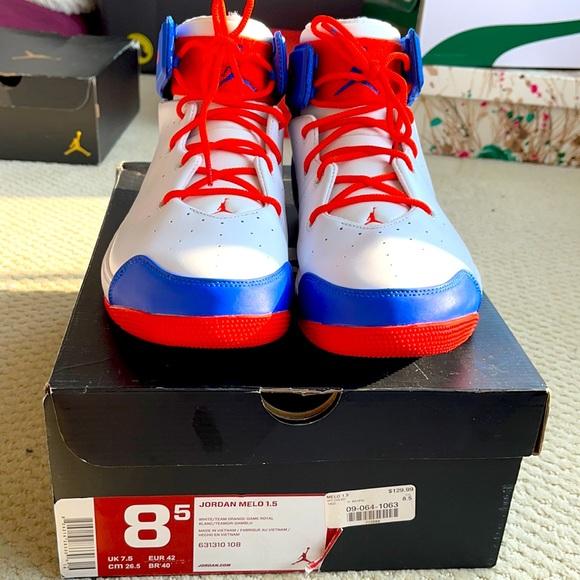 Nike Air Jordan Carmelo Anthony Sneakers